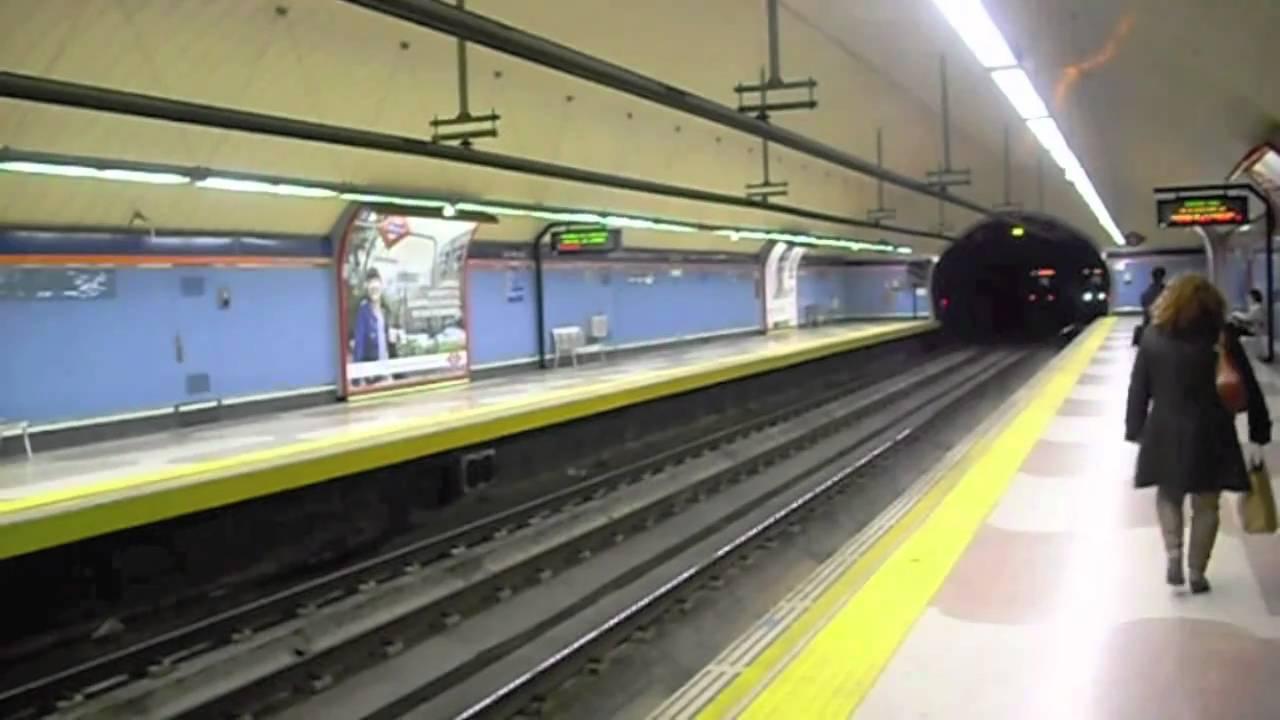 Descarrilamiento De Un Tren Auxiliar Ha Provocado Cortes En Linea 7