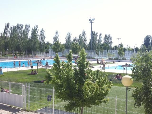 Ni o de 12 a os ahogado en la piscina municipal de arganda for Piscina arganda del rey